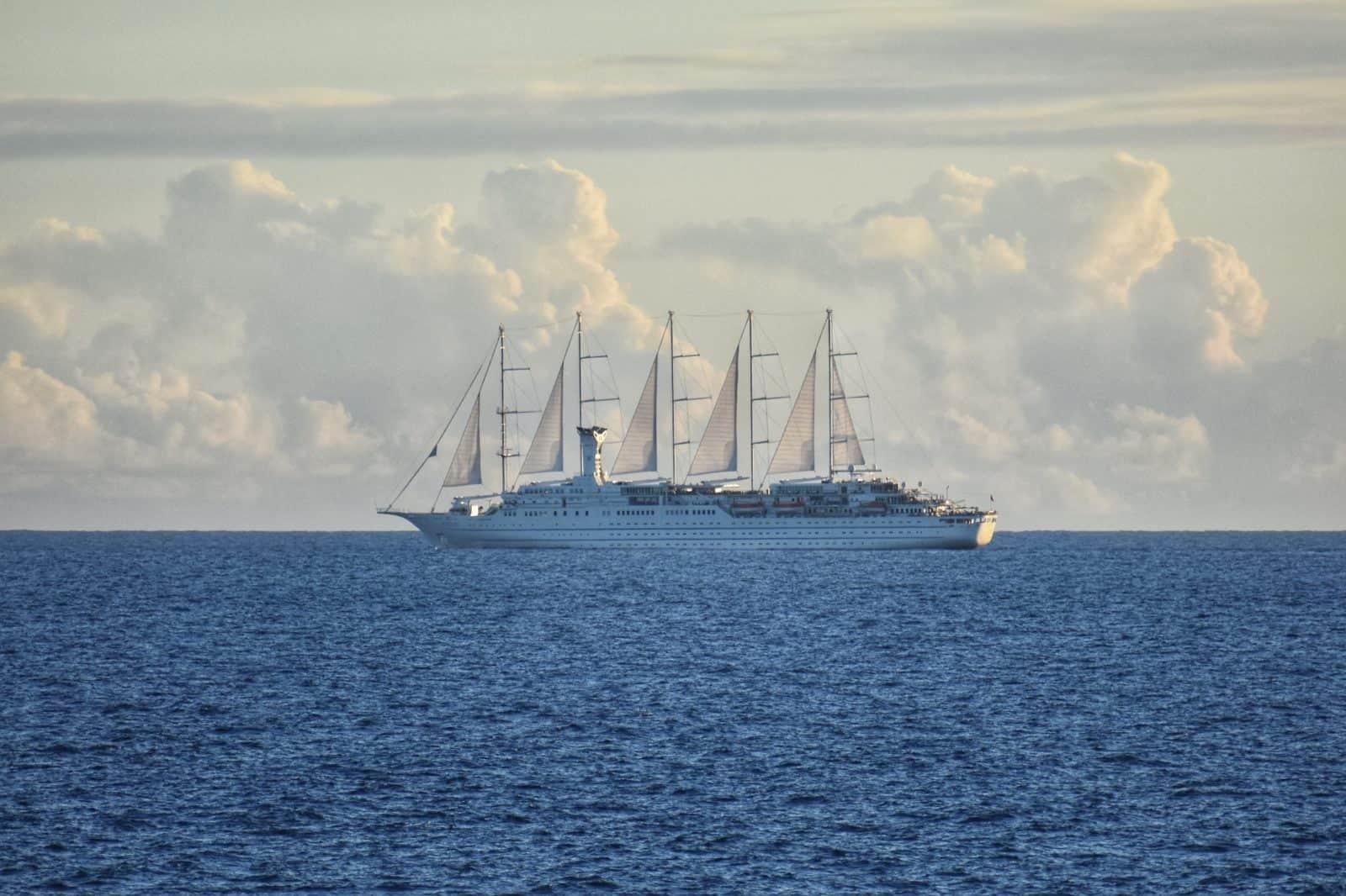 Sail Cruise